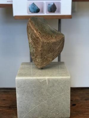 NN (./.) , Speckstein bearbeitet, 13 cm x 17 cm zzgl. Sockel