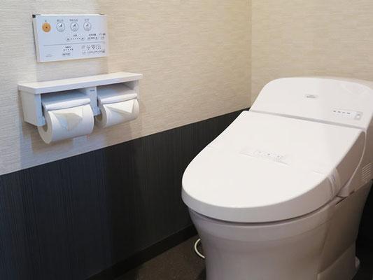専用トイレはウォシュレット完備。