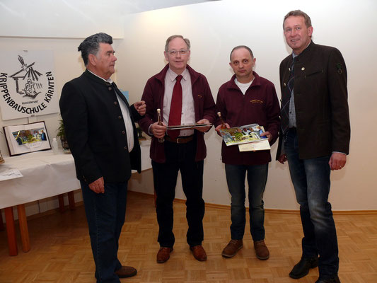 ...die neuen Krippenbaumeister Karl Schmerlaib und Dieter Ellersdorfer OV St. Andrä