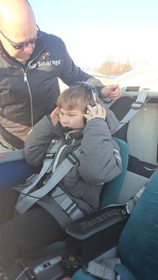 Jonathan unser jüngster Fluggast - Air Smaragd