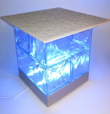 GEO Tisch C (inkl. Tischplatte, Sockel, Beleuchtung)