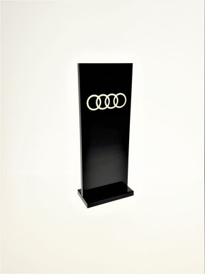 Tischaufsteller 111 (Audi)