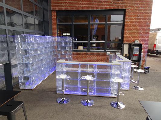 Eisbar 2 + Eiswand K2 + GEO Hocker 5