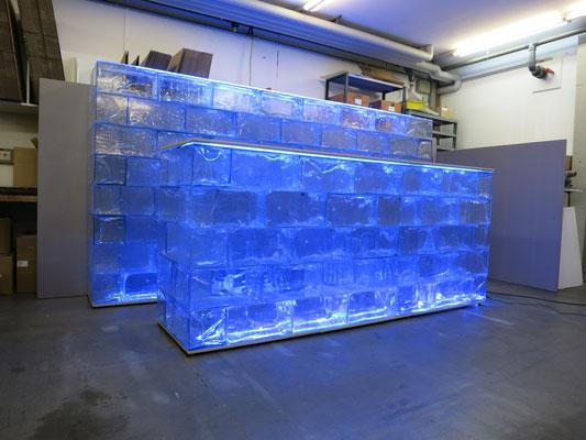 Eisbar K3 + Eiswand K2 + GEO Hocker 6