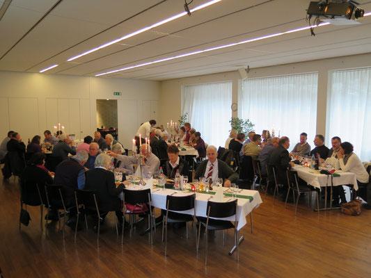 Mittagessen und GV im Restaurant L'Esprit
