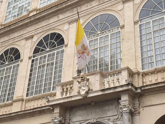 La Bandiera Vaticana