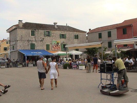 Kroatien - Betina Hauptplatz Insel Murter