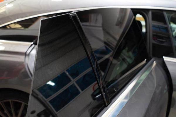 Fahrzeugfolierung Autoglas aus Bad Homburg