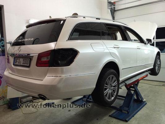 Mercedes Eklasse Kombi - Fahrzeugfolierung mit Oracal 970 Perlmutt