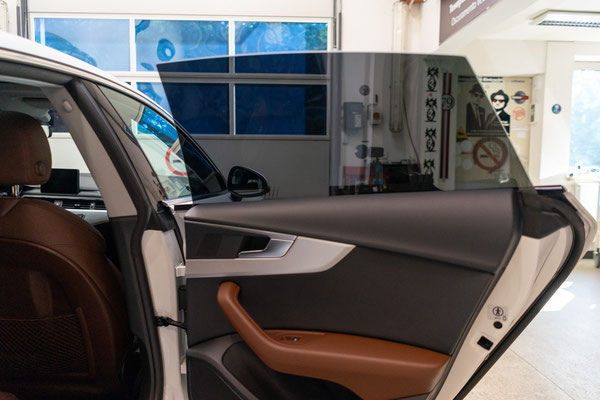 Innenansicht Audi A5 mit getönten Scheiben