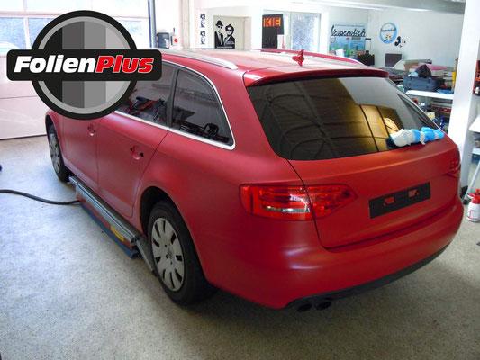 Fahrzeugfolierung Audi A4 B8 Avant mit Oracal 970 in Rot Matt
