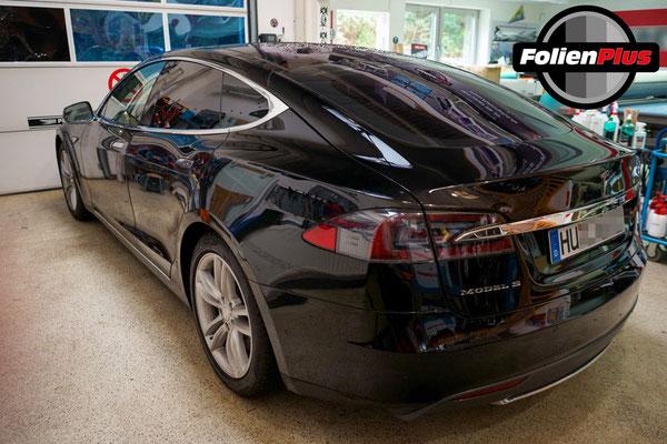 Scheibentönung am Tesla Model S mit 95% Panthera Sonnenschutzfolie