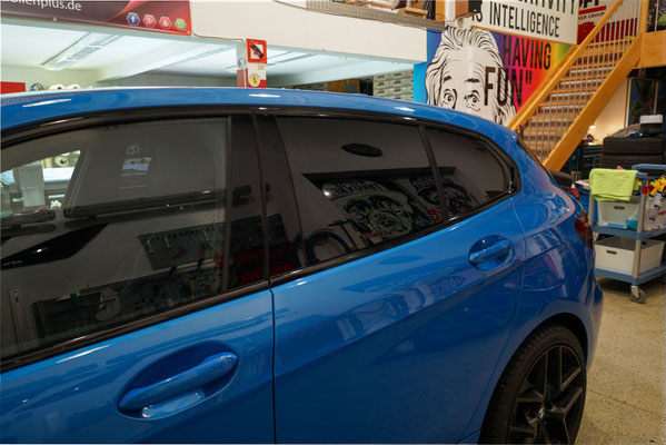 Sonnenschutzfolierung Seitenansicht BMW F40 2021