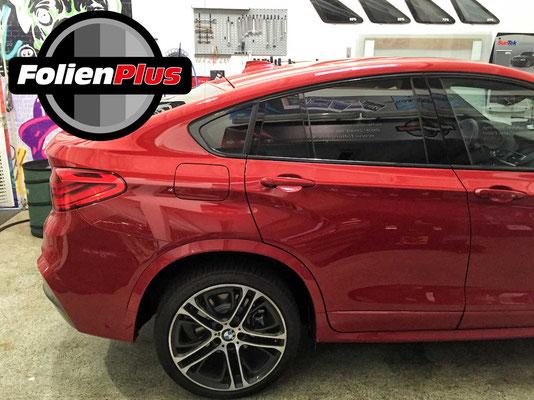 BMW X4 mit 95% Sicht Seite