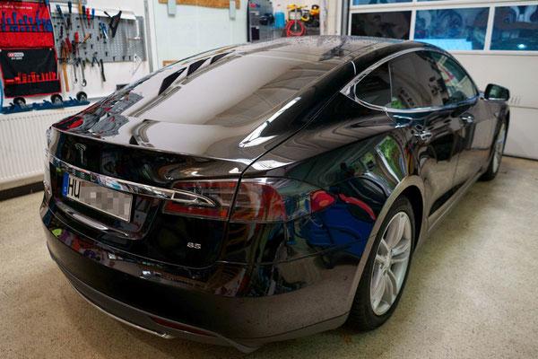 Sonnenschutzfolie Tesla FolienPlus