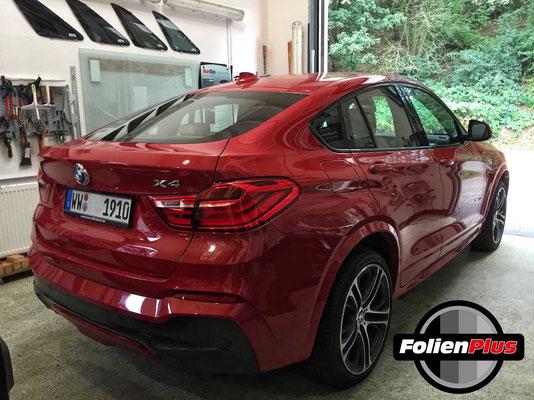 BMW X4 vor dem folieren