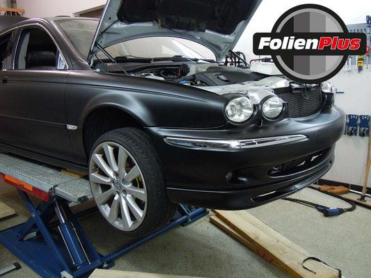 Kfz Folierung Jaguar X-Type mit Oracal 970 Schwarz Matt