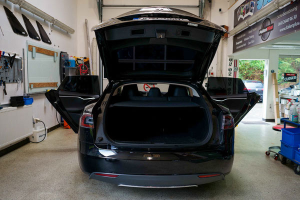 Windowtinting Tesla Model S Frankfurt Offenbach Hanau