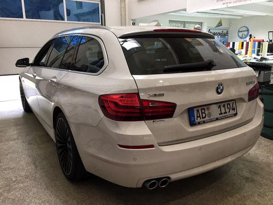 Scheiben tönen BMW 5'er Kombi aus Aschaffenburg (nachher).