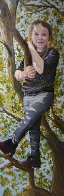 Kleindochter in boom , Maria loggen