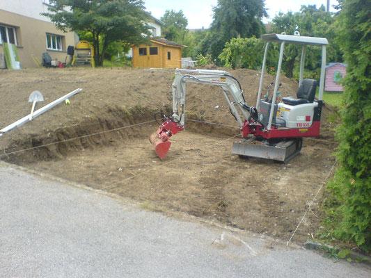 Creuse et terrassement pour parking