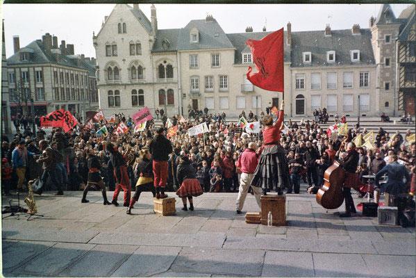 CIE Jolie Môme à Amiens - analog