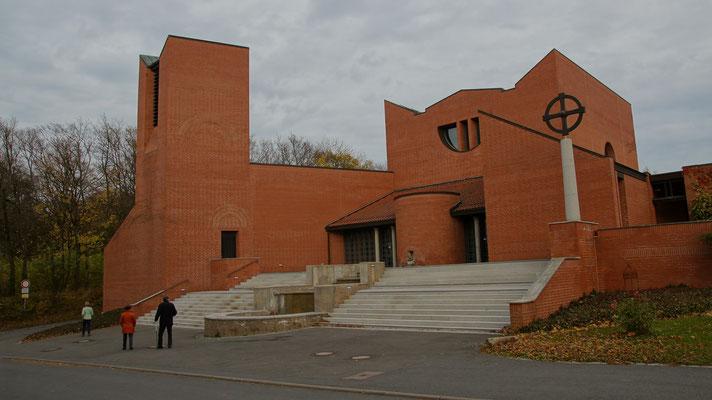 St. Michaelskirche, Ordenskirche der Schwestern der Communität Casteller Ring