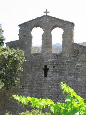 Eglise saint félix, au coeur du vignoble des cobières maritimes
