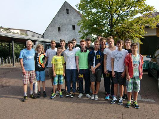 Abfahrt zum Junior Worldcup nach Ettelbrück/Luxemburg