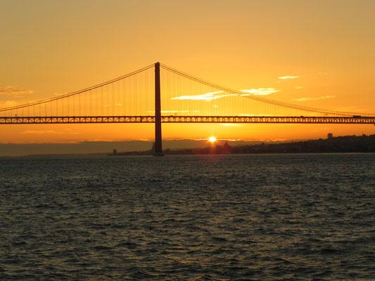 Ein Sonnenuntergang in Lissabon