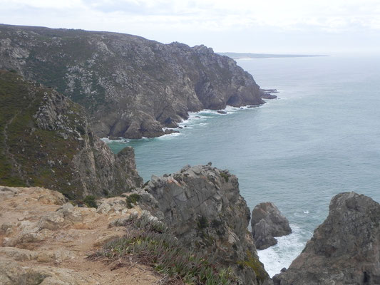 mit tollem Ausblick auf die Küste