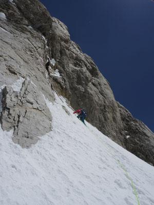 Nancy Hansen auf 6400 Metern am Gasherbrum VI © Ralf Dujmovits