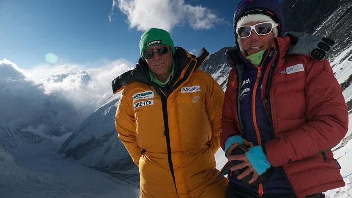 Gerlinde und Ralf im Lager III auf 7100 m © D.Goettler