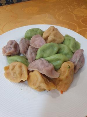gaanz viele Dumplings 2,50€ 7/10
