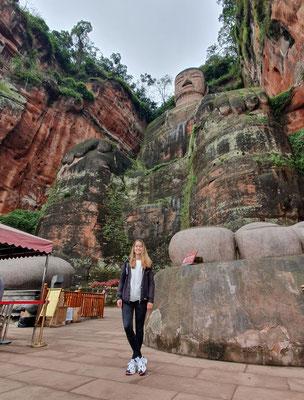 Day 19: Größter Buddha der Welt!! (wenn es regnet sogar ohne Menschen)
