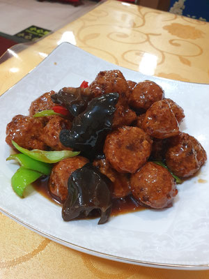 vegane Meatballs 4,50€ 10/10