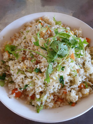 Fried Vegetable Rice 3€ 9/10