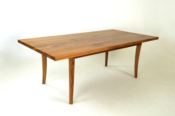 Esstisch Ulme Massivholz, Oberfläche geölt, metallfrei, Front- / Seitenansicht