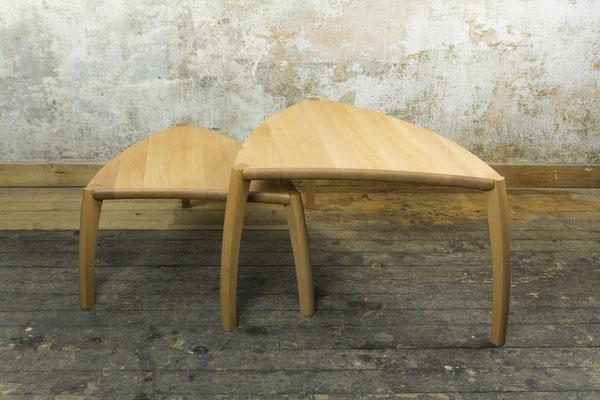 Salontisch-Set Buche massiv, Oberfläche geölt, bestehend aus zwei unterschiedlich hohen Tischen, metallfrei