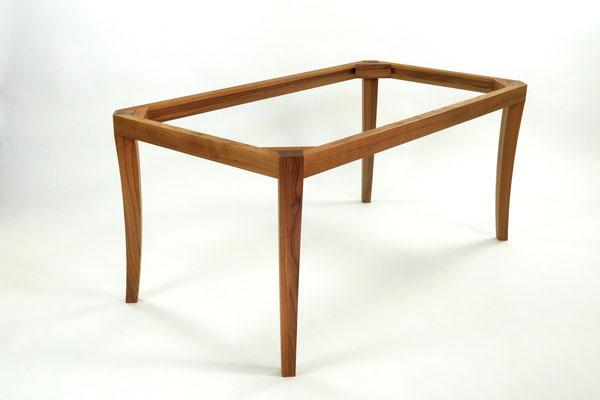 Esstisch Ulme Massivholz, Oberfläche geölt, metallfrei, Tischsockel