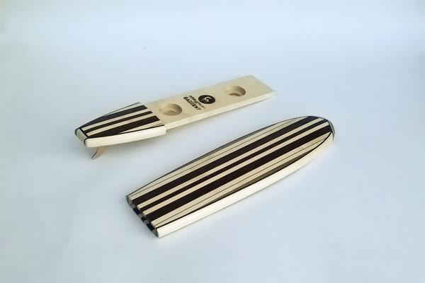 Miniatur-Paddelboard als Ehering-Schatulle, metallfrei