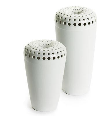 """""""Neugier"""" - Porzellanvasen (groß/klein) mit Durchbrüchen"""
