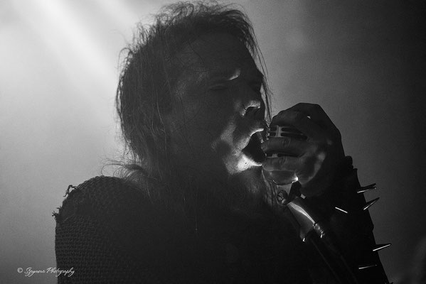 Szeymour Photography - Grá - Club From Hell - Erfurt - 16.05.2017
