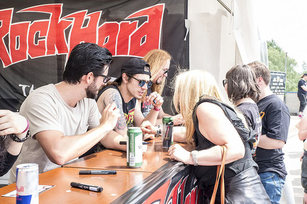 Szeymour Photography - Monument - Signing Session - Rock Hard Festival 2017