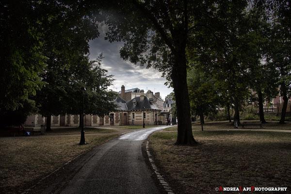 Francia - Amiens (giardino dietro la Cattedrale)