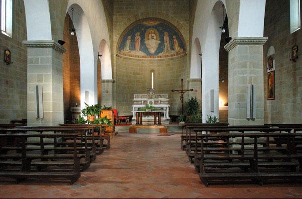 Interno della chiesa di San Cresci (Borgo San Lorenzo)