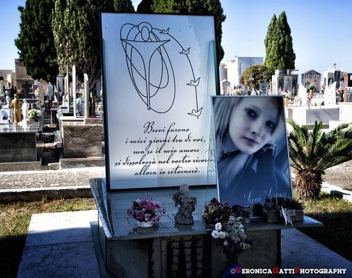 Cimitero di Avetrana - Un pensiero e una preghiera per Sara...