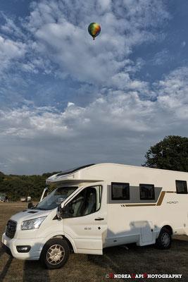 Inghilterra - Arrivati al campeggio... ecco nel cielo un benvenuto da parte della Queen Elizabeth!!!