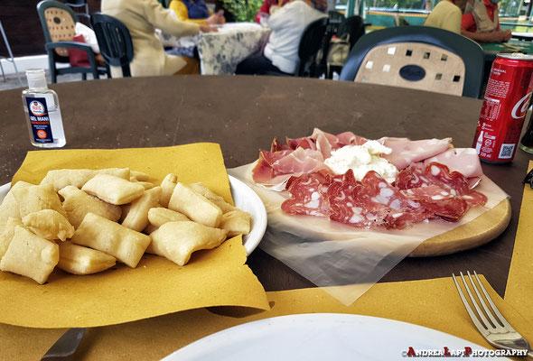 La nostra merenda-cena in Pineta (Viareggio)