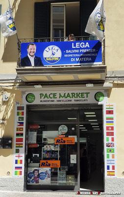 Matera - La famosa sede della Lega proprio sopra un market islamico